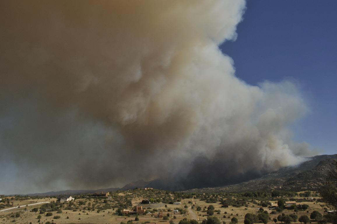 Fire spreading toward Williamson Valley