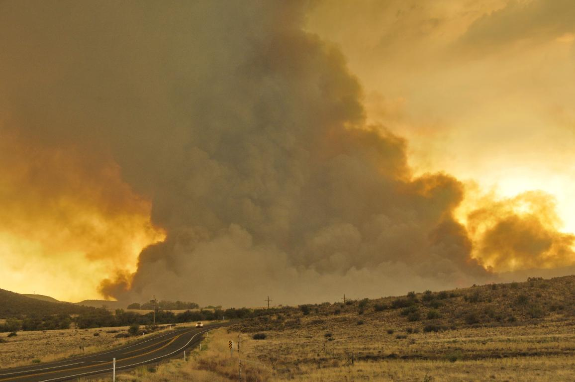 Yarnell Hill Fire visible while approaching Peeple's Valley