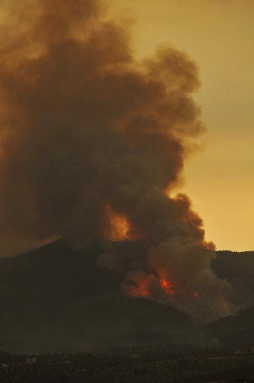 More fire flaring up well west of Yarnell